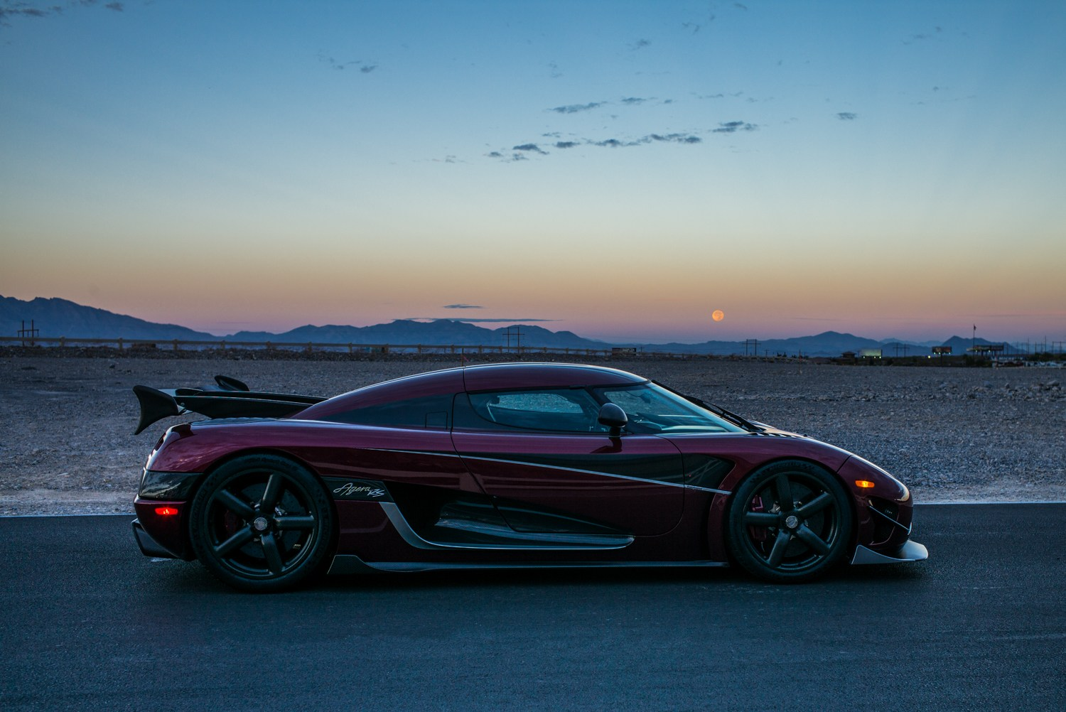 Koenigsegg Agera RS at dawn