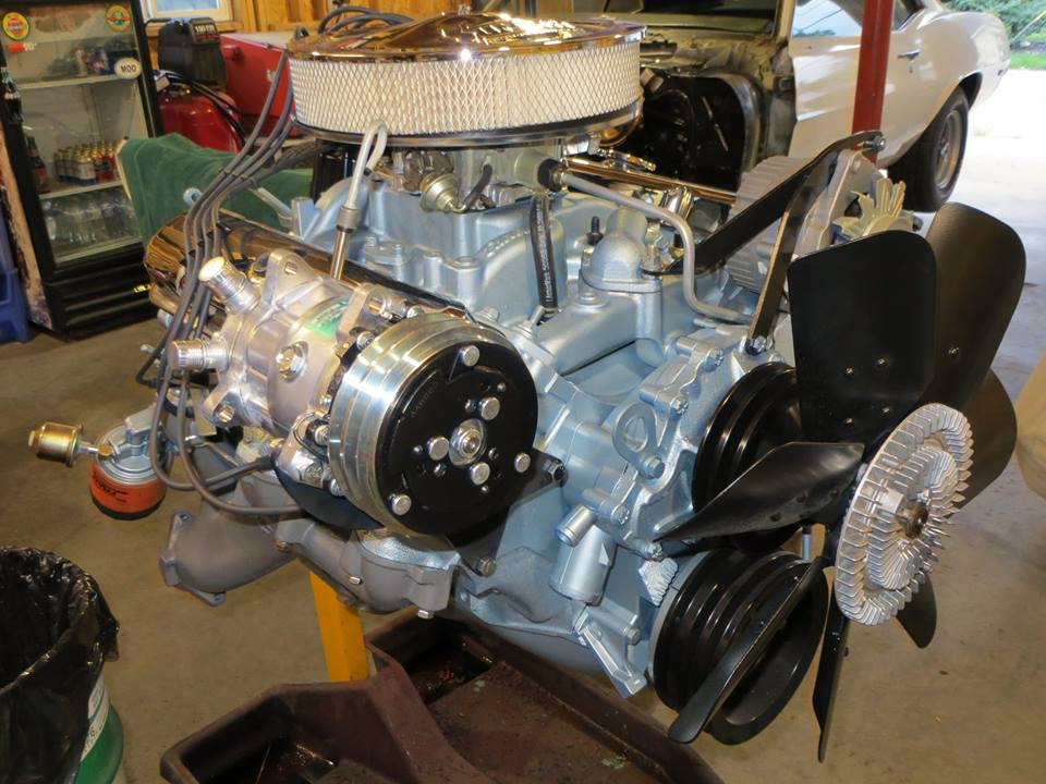 1970 Pontiac 400 V8 with #13 Ram Air Heads and Firebird Ram Air Exhaust Manifolds