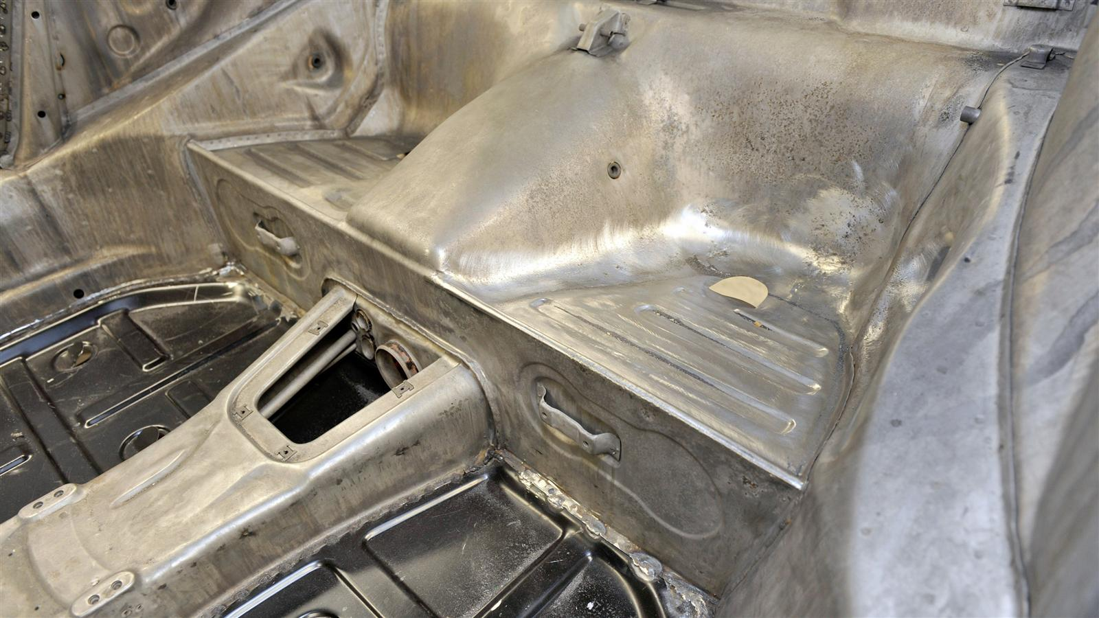 Porsche 911 Factory Restoration sheet metal