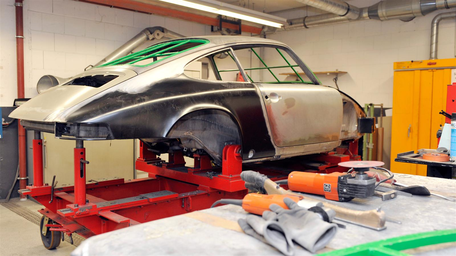 Porsche 911 Factory Restoration rear 3/4
