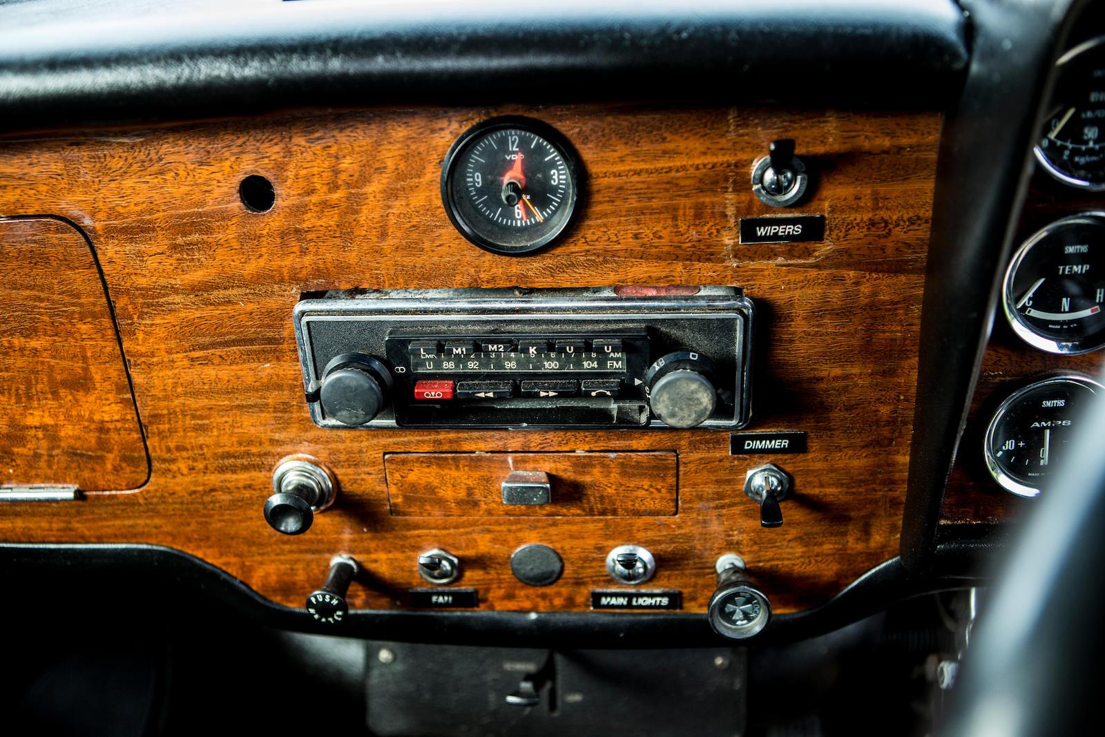 1966 Austin Mini Cooper S dash