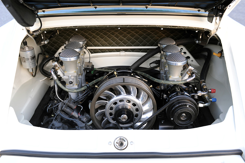 Singer 911 engine