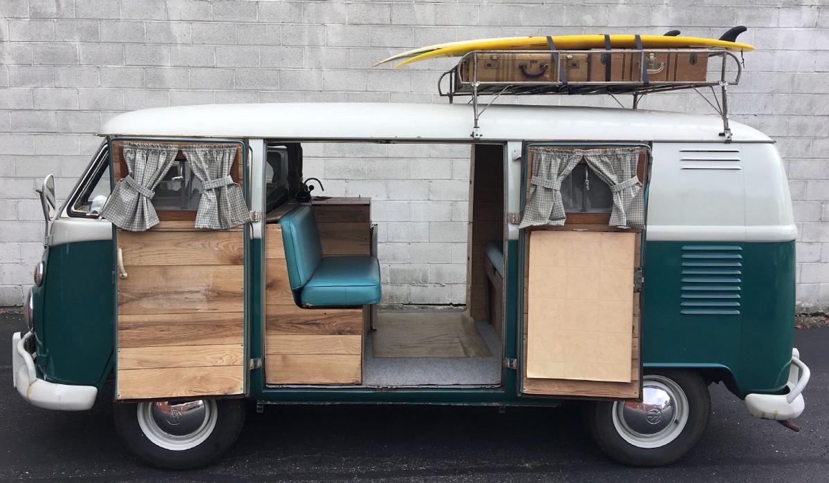 1963 Volkswagen bus profile