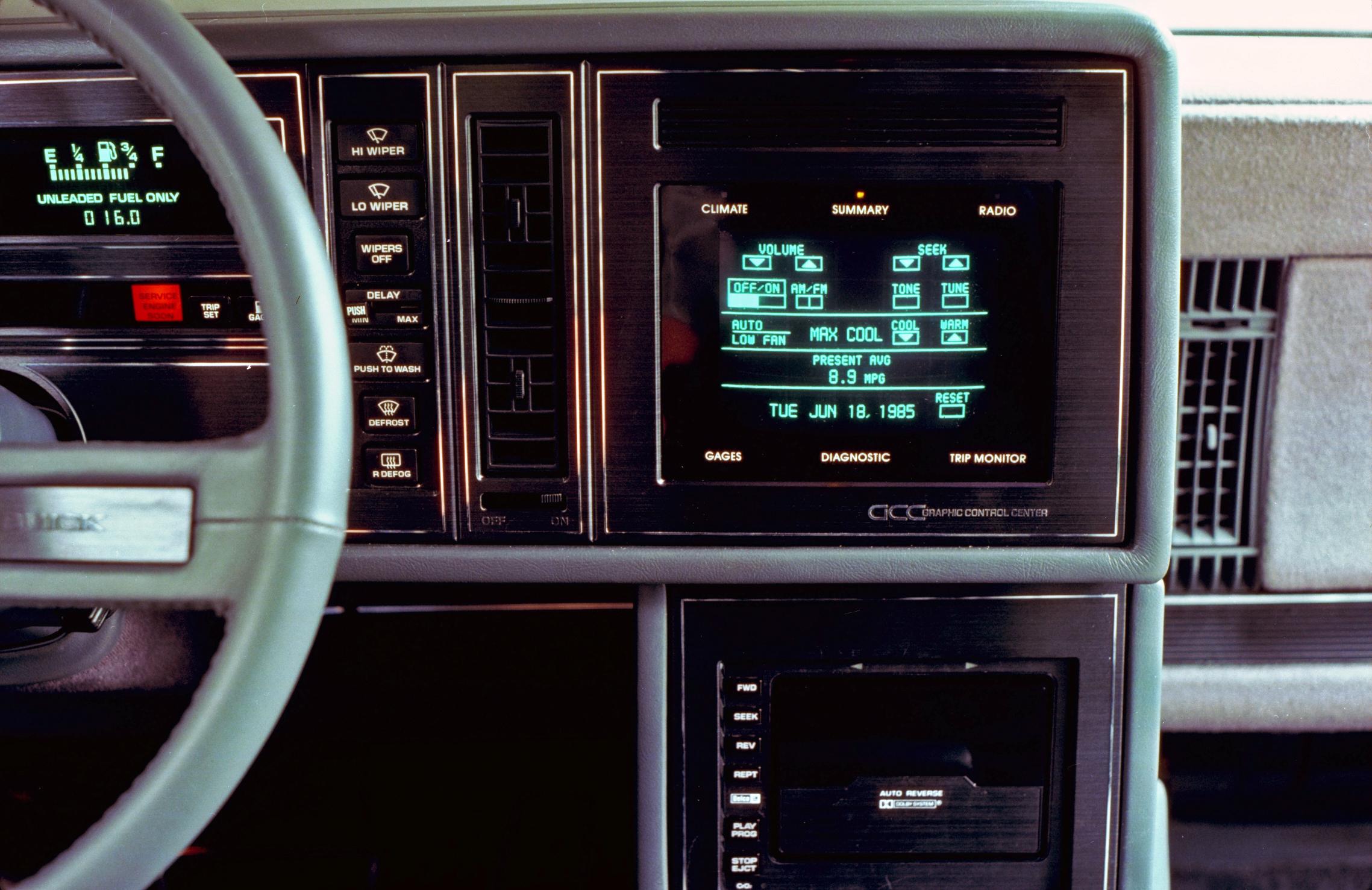 1986 Buick Riviera GCC Touchscreen climate