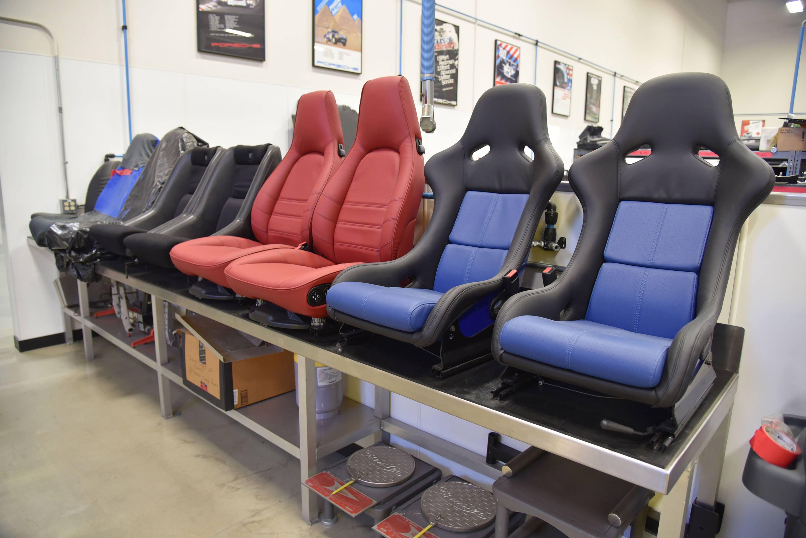 Porsche 959 seats