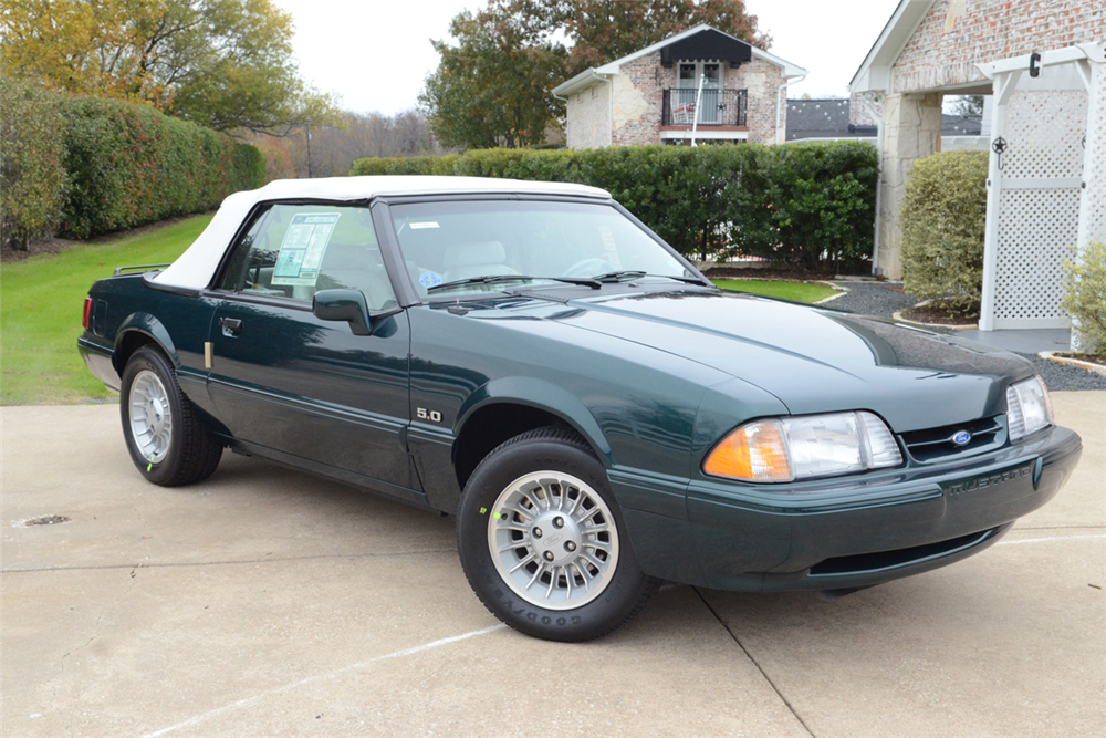 1990 Ford Mustang 5.0 LX Convertible