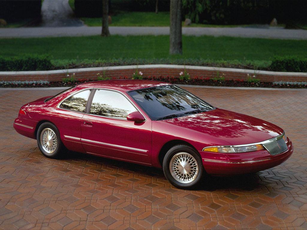 Lincoln Continental Mk VIII