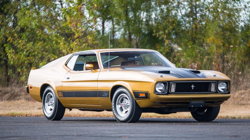 1973 Ford Mustang Mach 1 RH corner