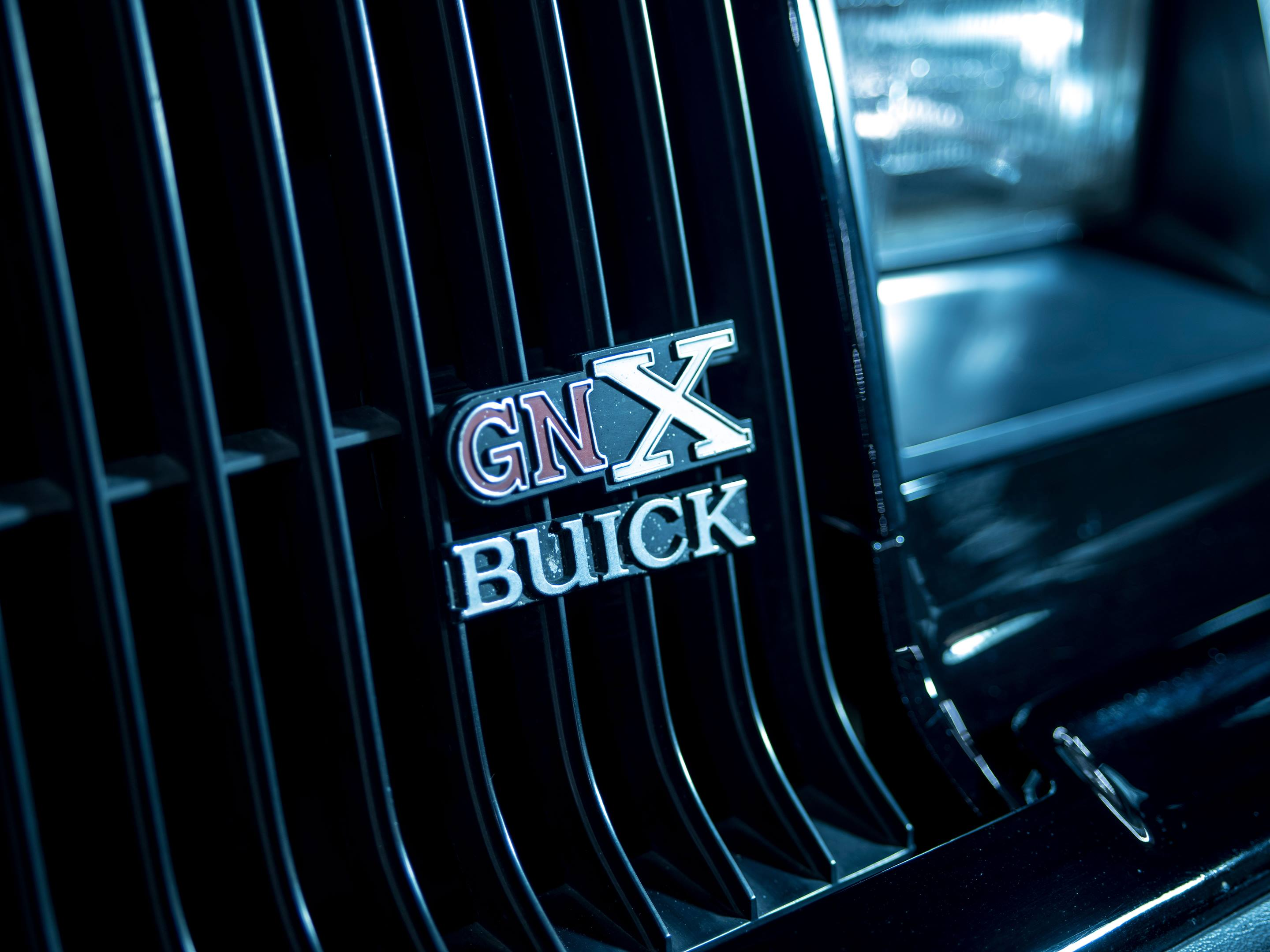 1987 Buick GNX badge