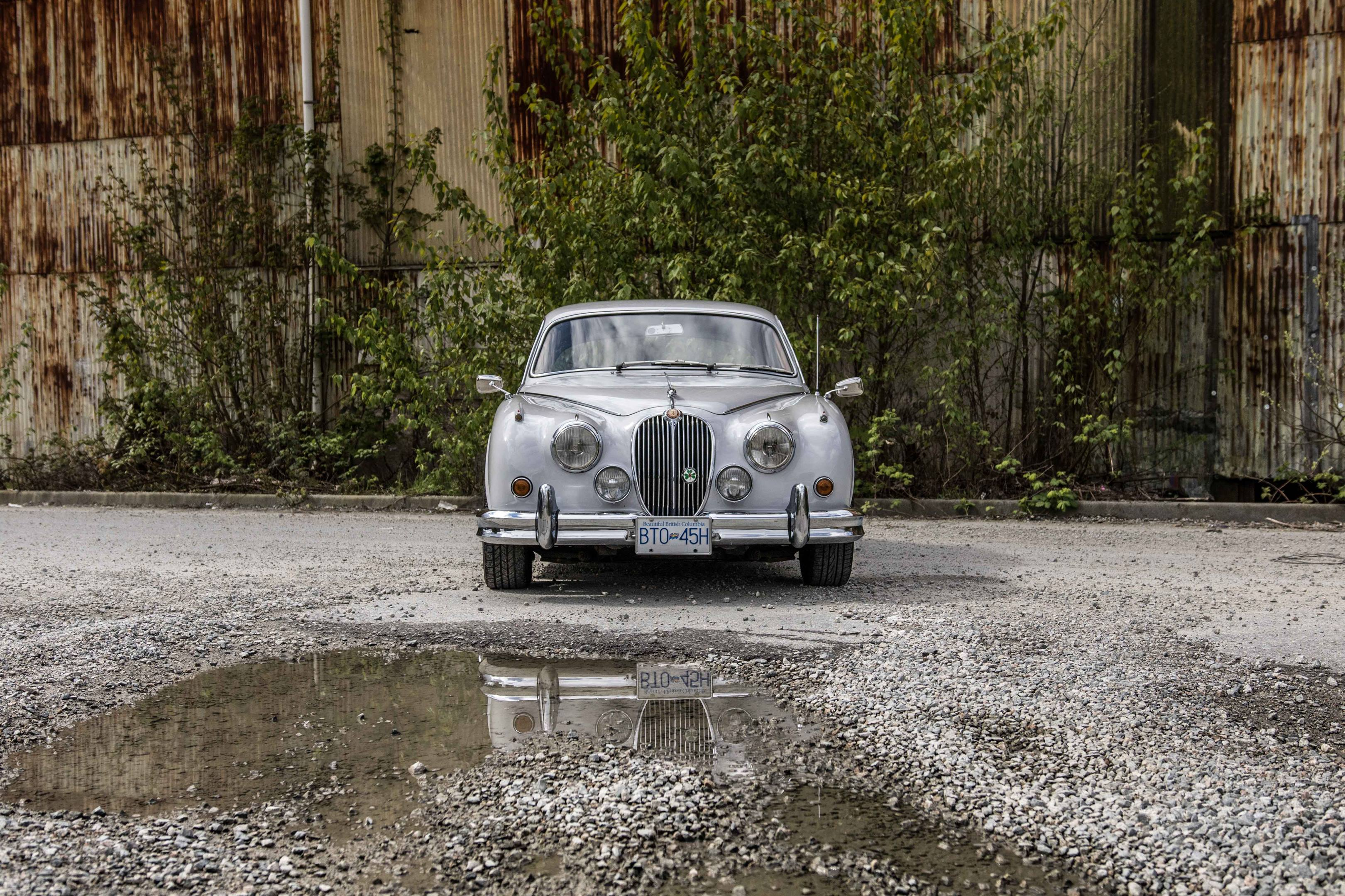 Jaguar Mark II front