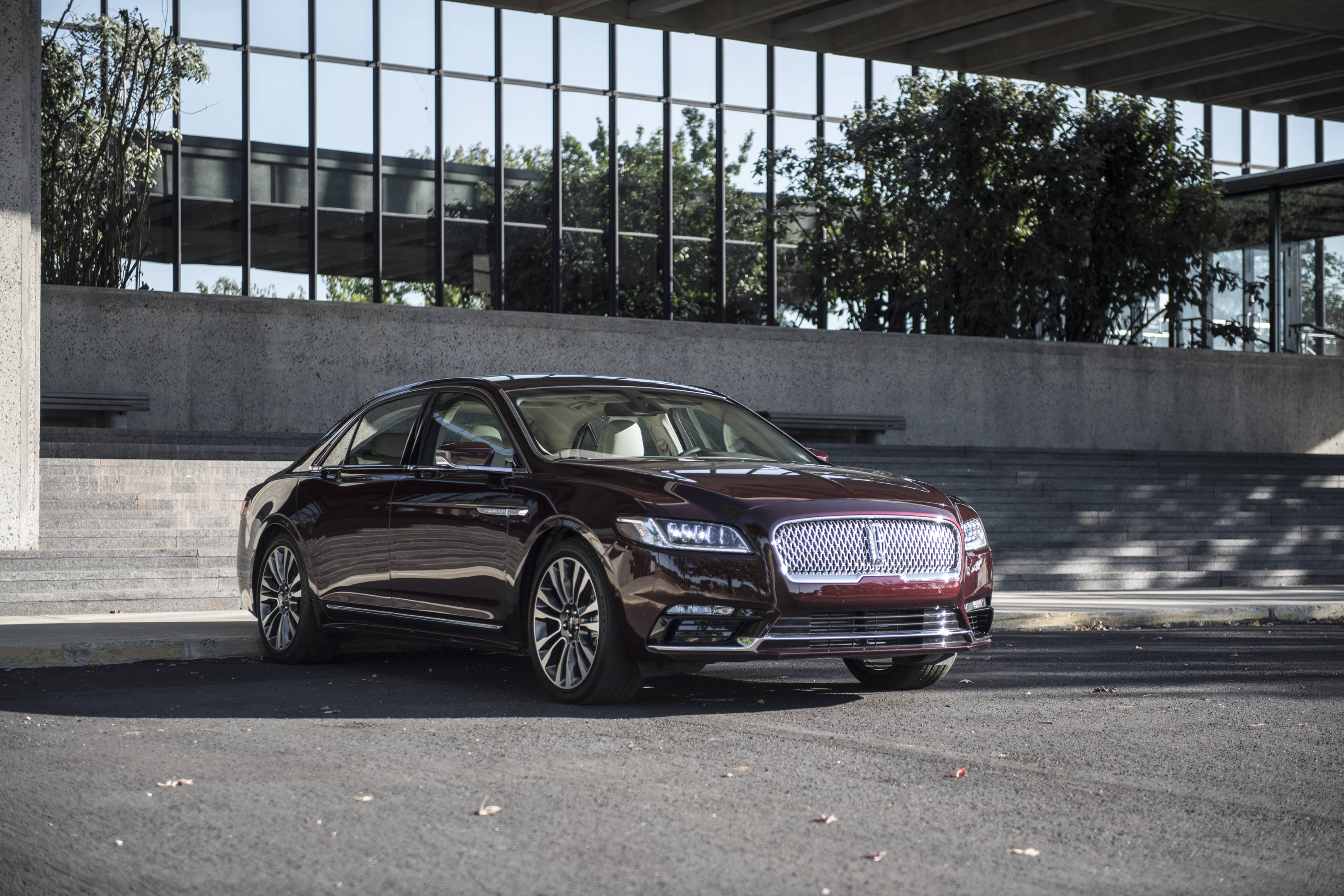 2017 lincoln continental maroon front office