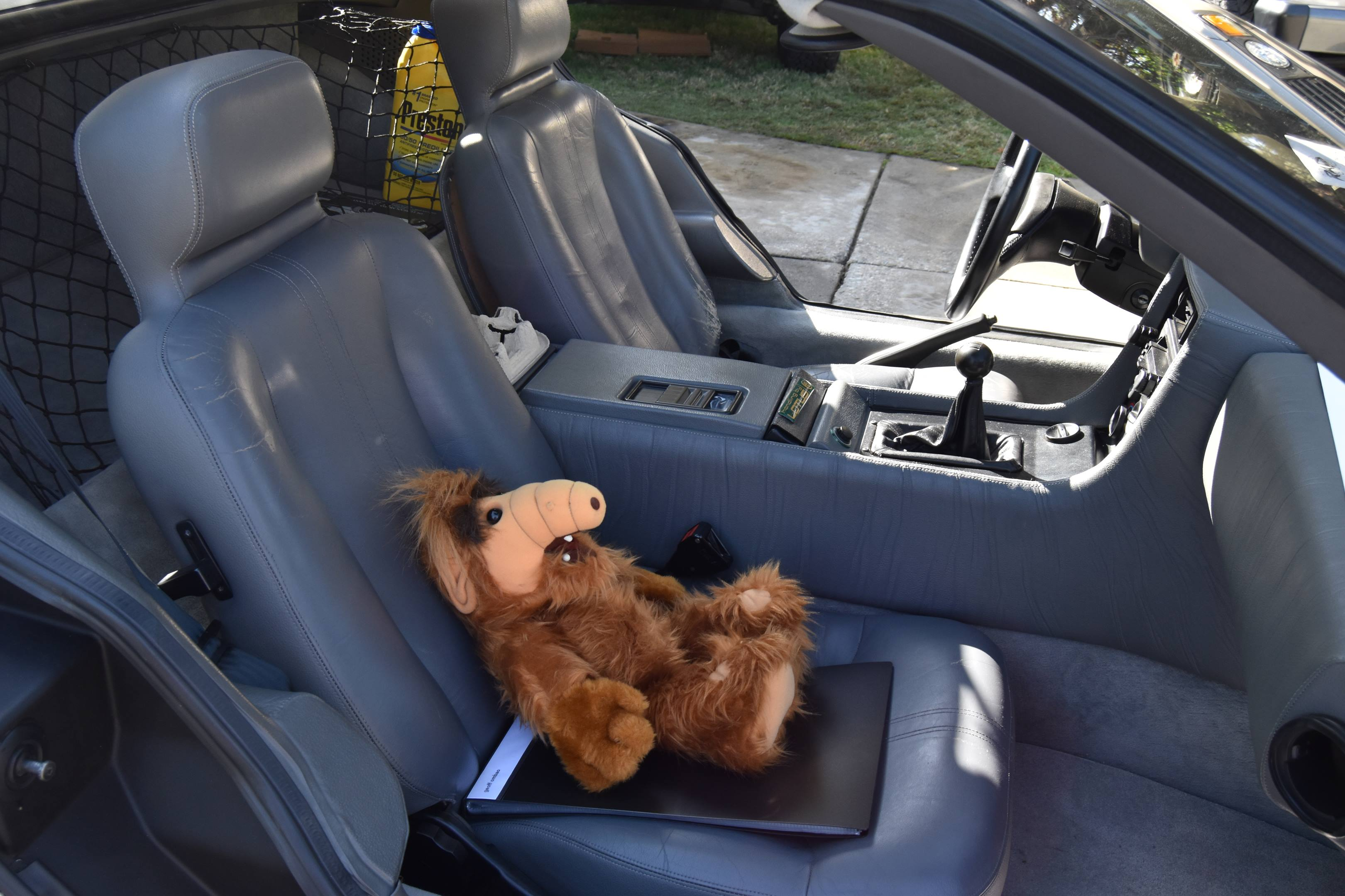 DeLorean DMC-12 interior with alf