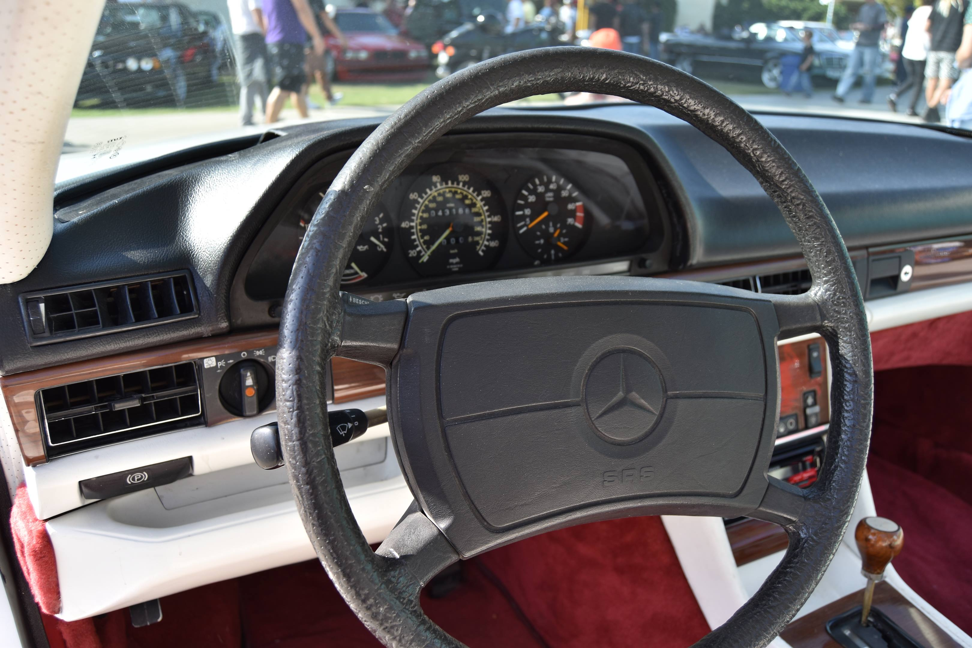 1983 Mercedes-Benz 500SEC Gullwing steering wheel