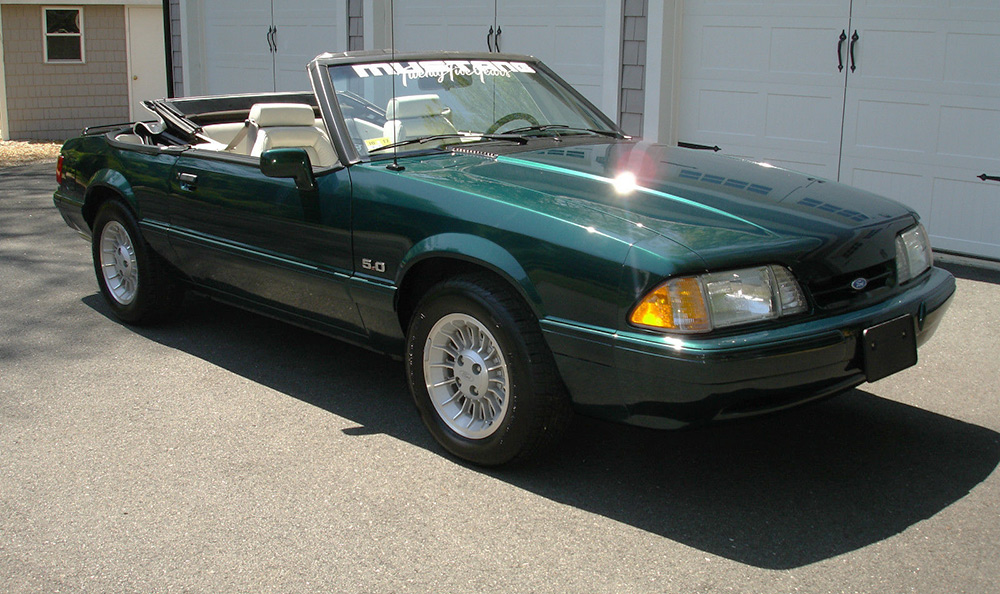 eBay Find of the Week: Foxy Ford Mustang thumbnail