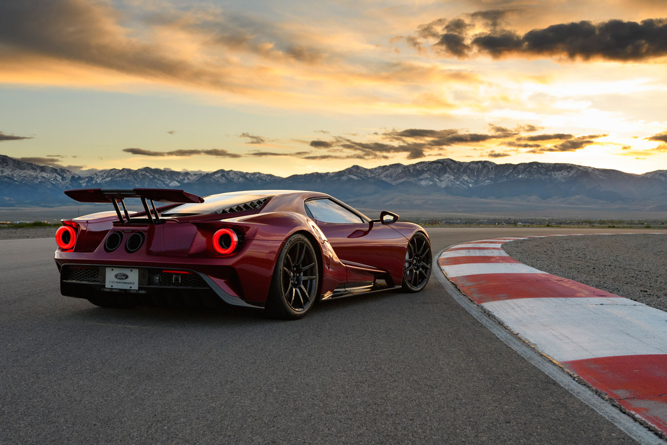 2017 Ford GT (Wes Duenkel for Ford)
