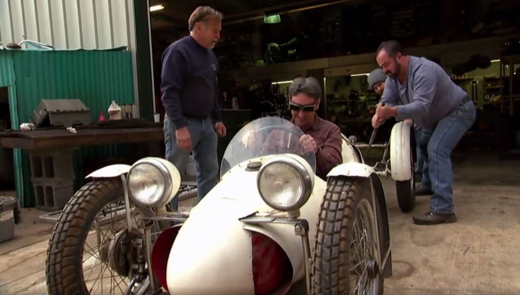 American Pickers' top 11 automotive picks: icons, rockets, and Italian race cars thumbnail