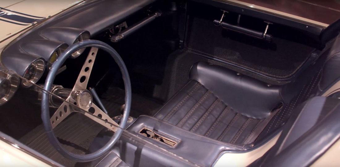 1962 Ford Mustang I interior