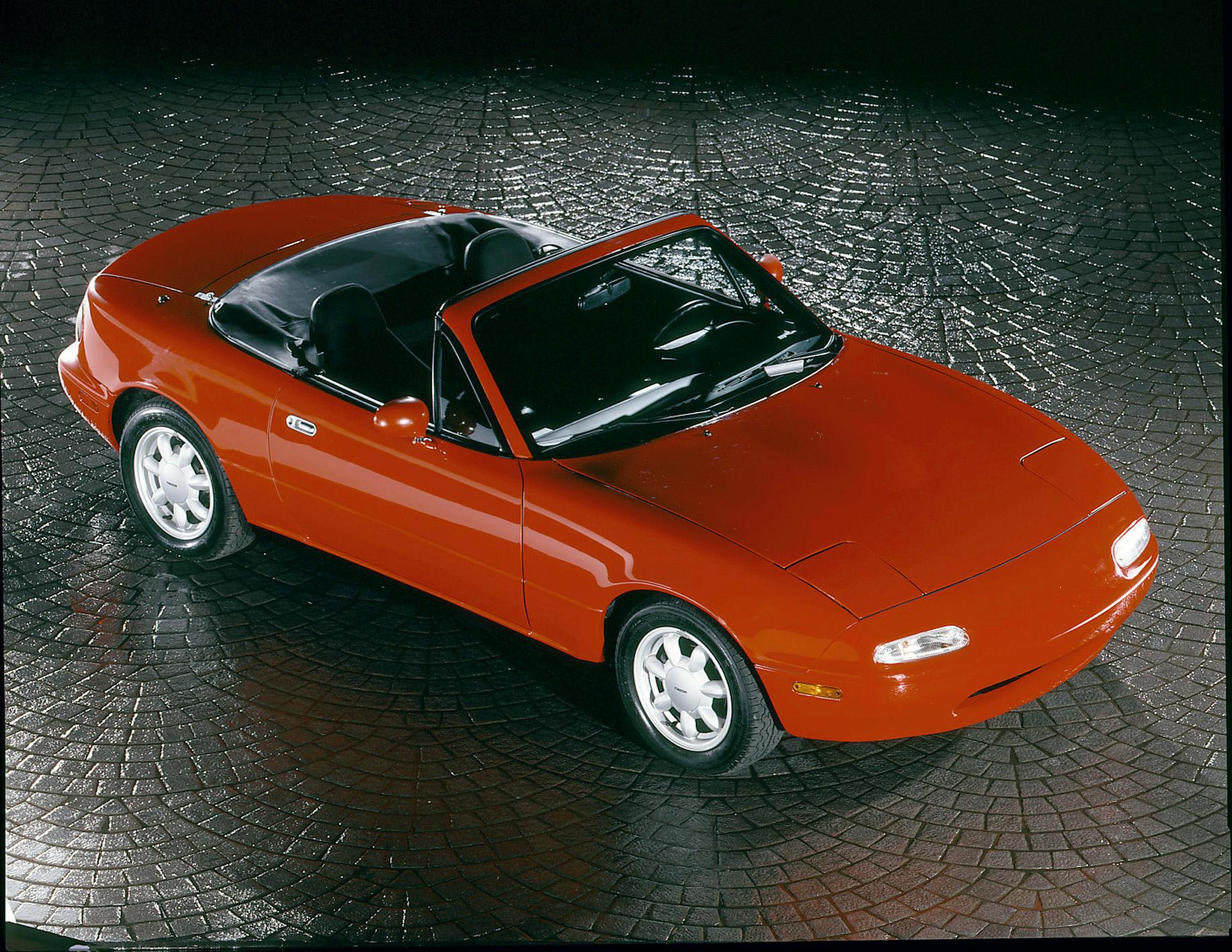 1990 mazda mx5 miata red front top convertible