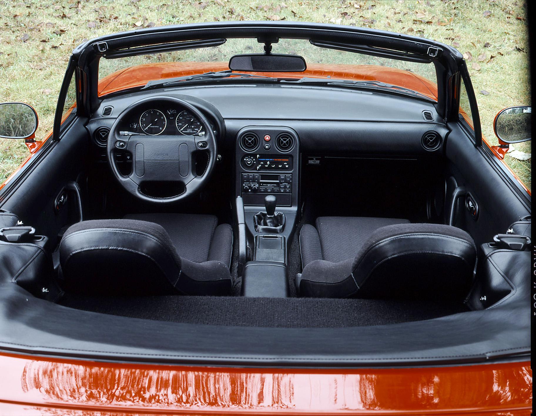 1990 mazda mx5 miata interior cassette