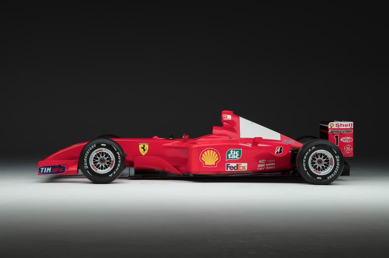 2001 Ferrari F2001 profile