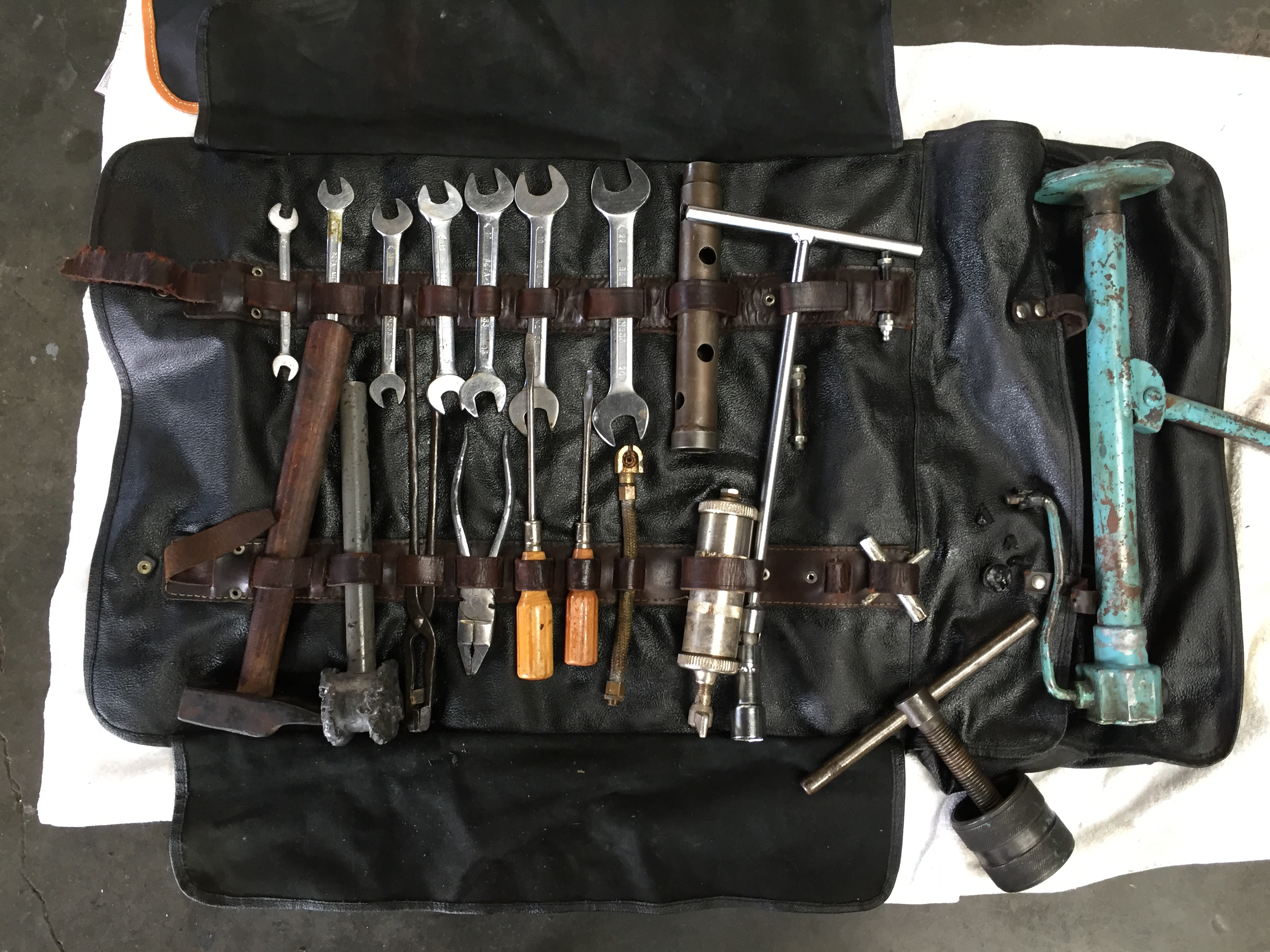 ferrari 250gt tools