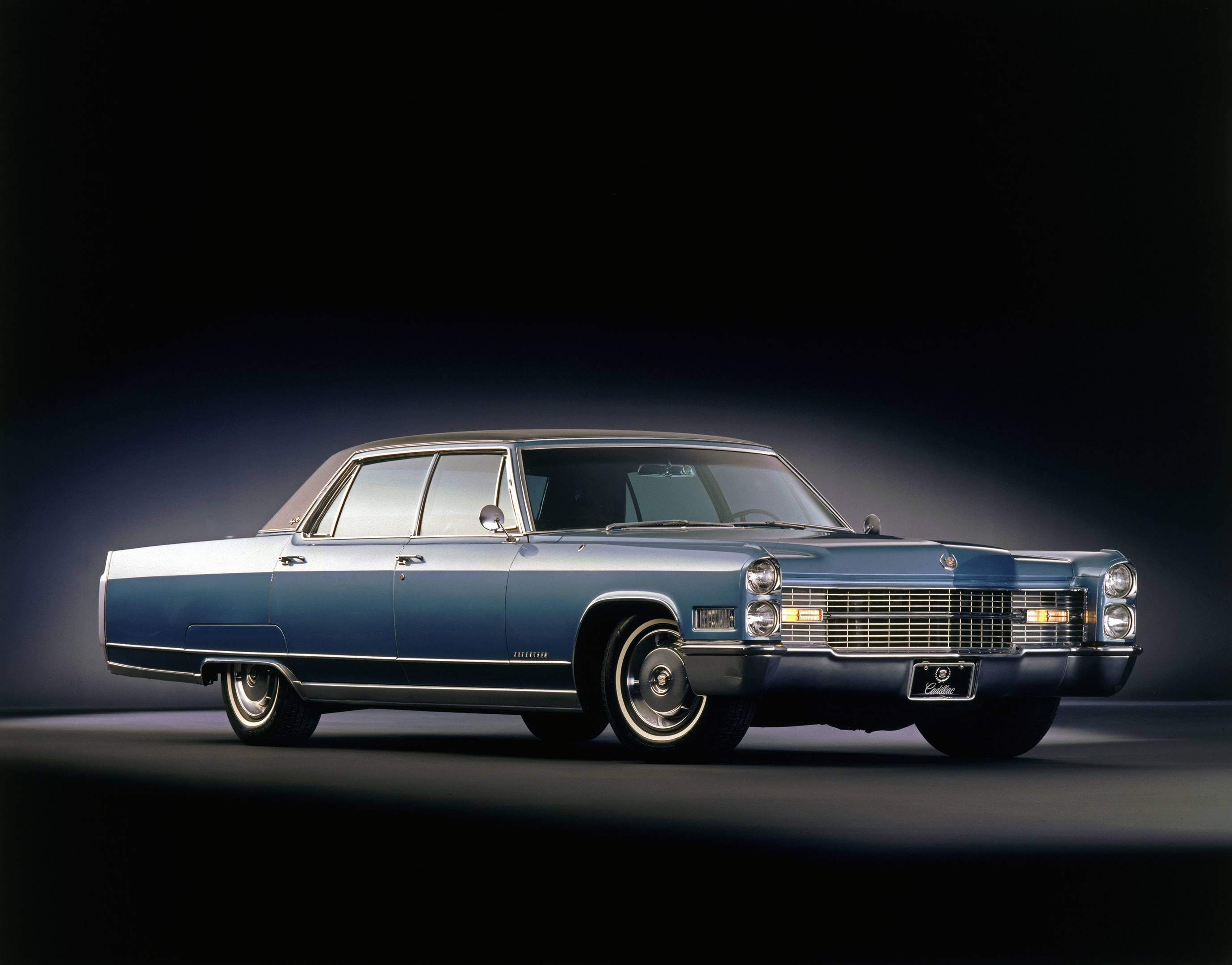 1966 Cadillac Fleetwood RH front corner side view