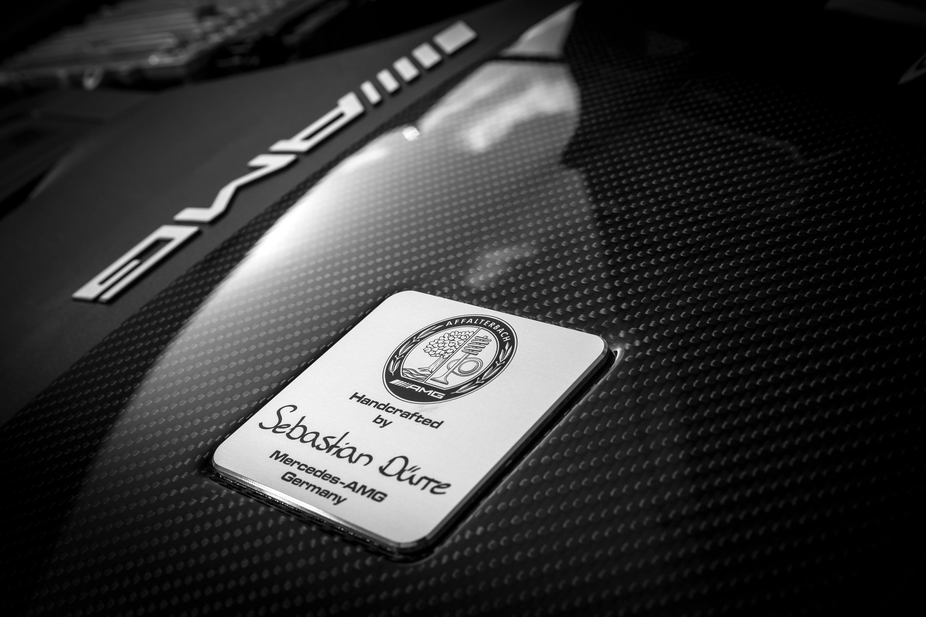 2018 Mercedes-AMG GT R engine badge