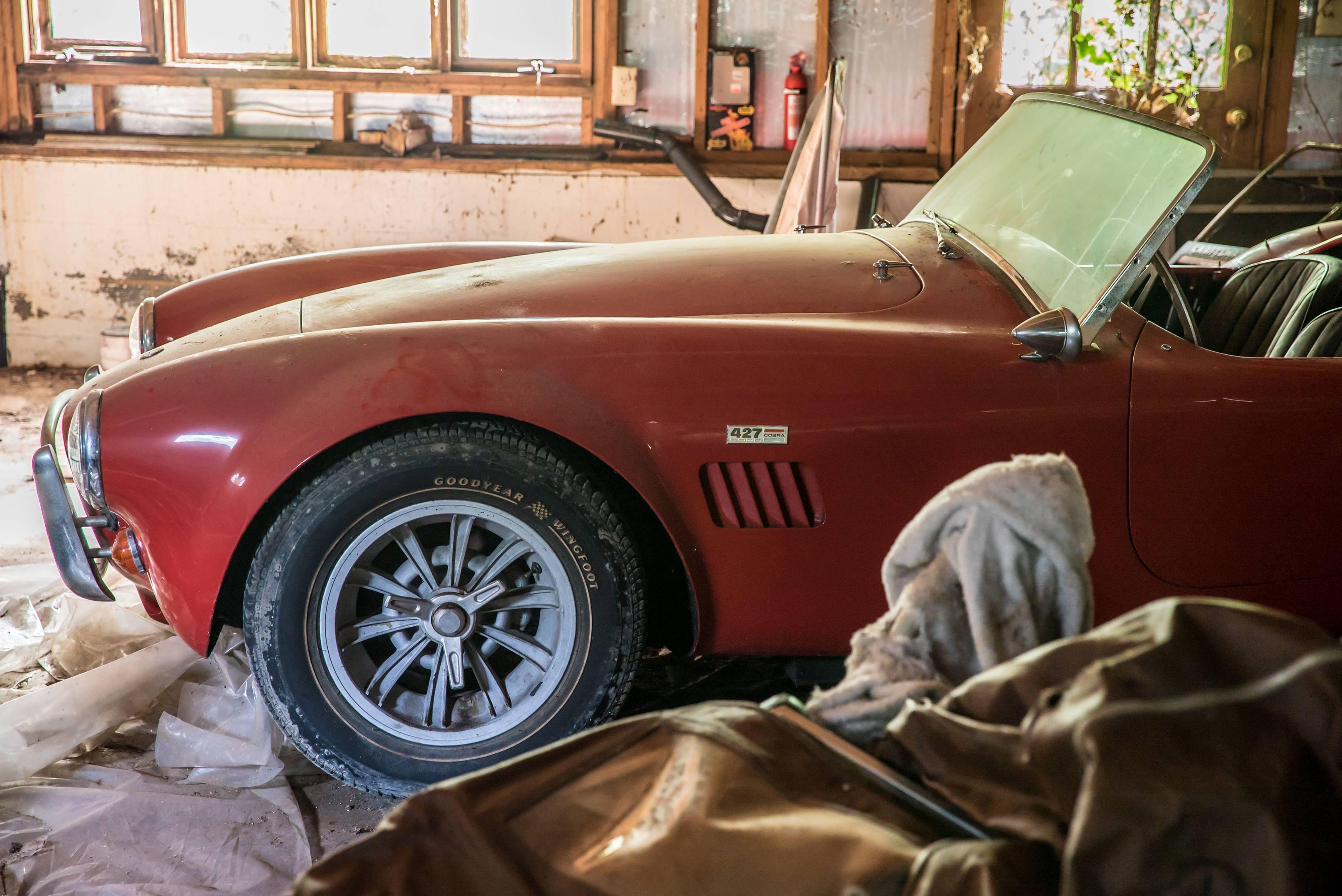 427 Shelby Cobra profile detail