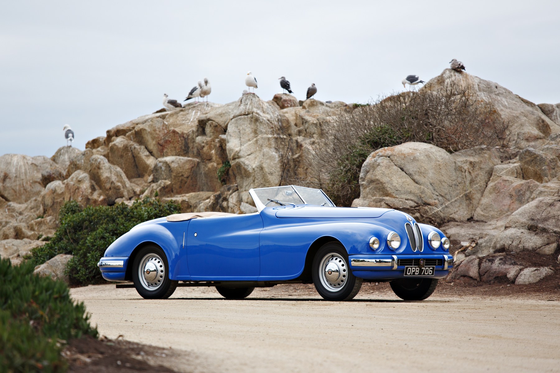 1949 Bristol 402 Cabriolet front 3/4 from the right