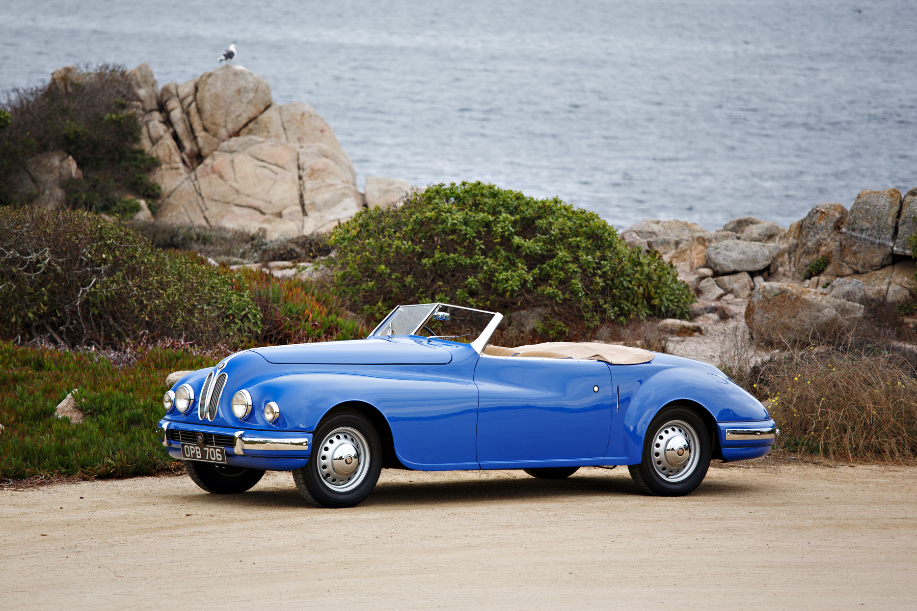 1949 Bristol 402 Cabriolet by the beach