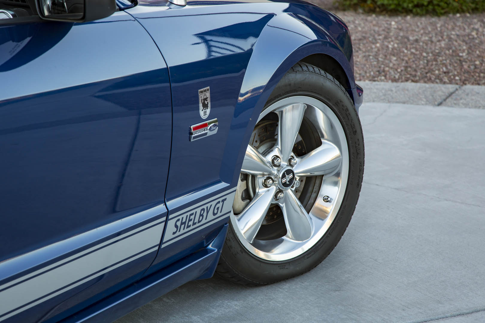 2007 Shelby GT convertible prototype front quarter panel detail