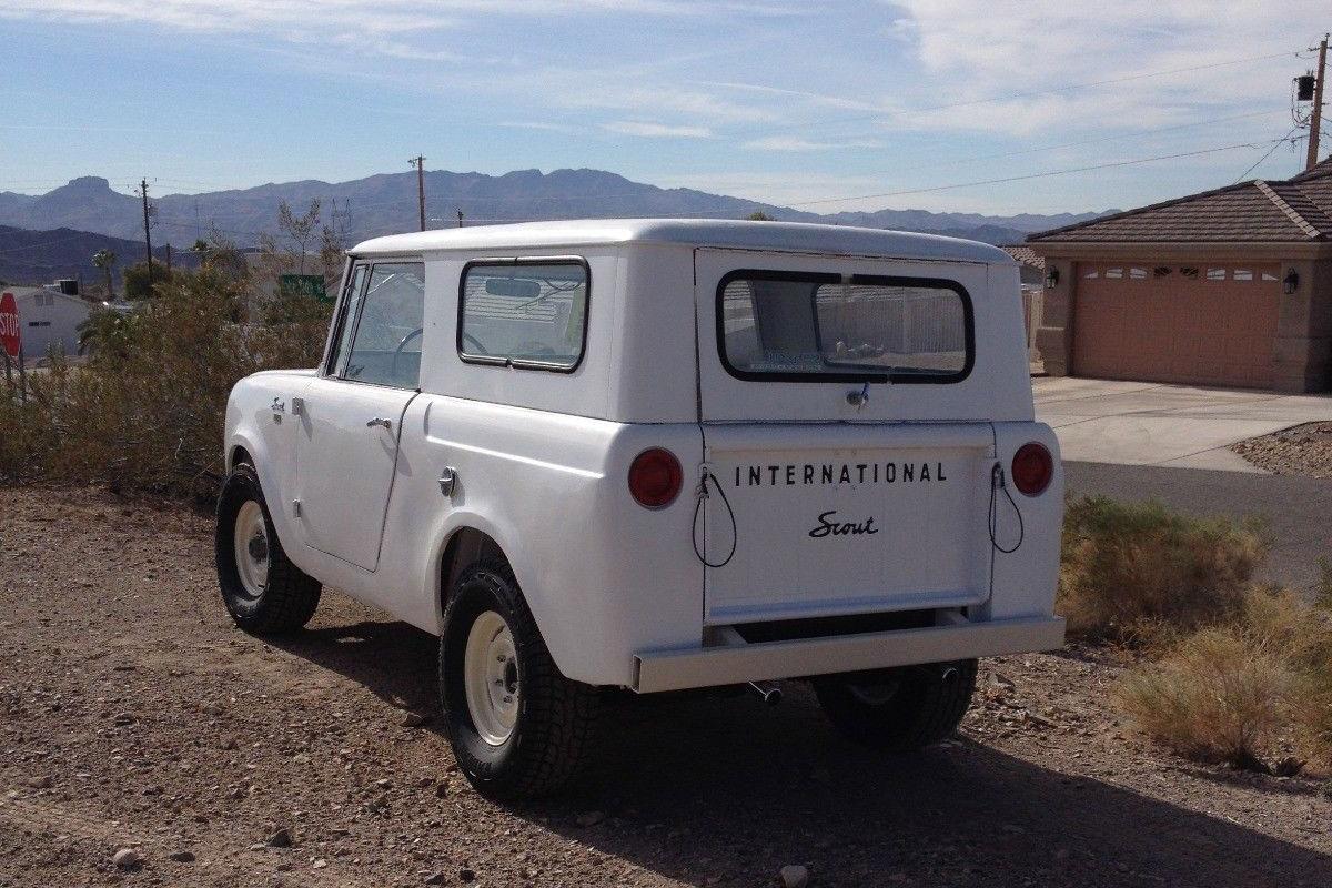 eBay 1962 IH Scout rear white