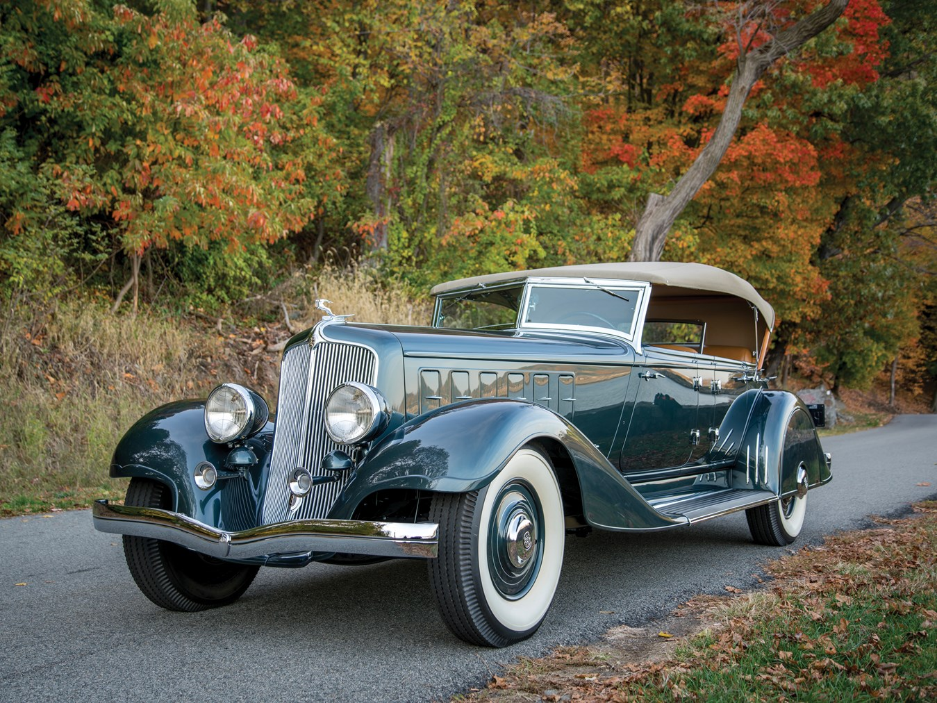 1933 Chrysler Custom Imperial Phaeton