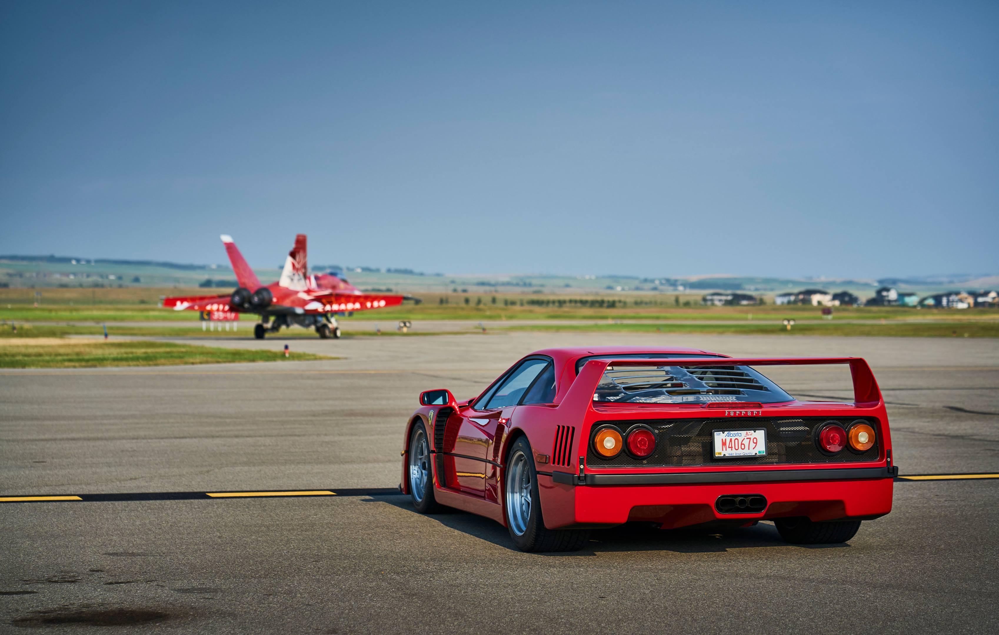 Ferrari F40 rear 3/4