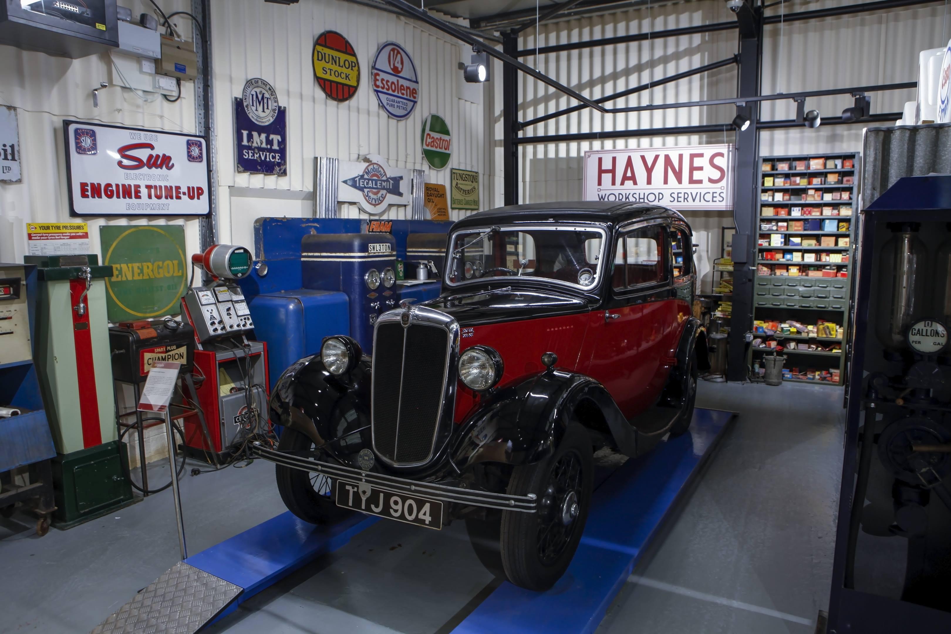 Haynes International Motor Museum Morris in the garage