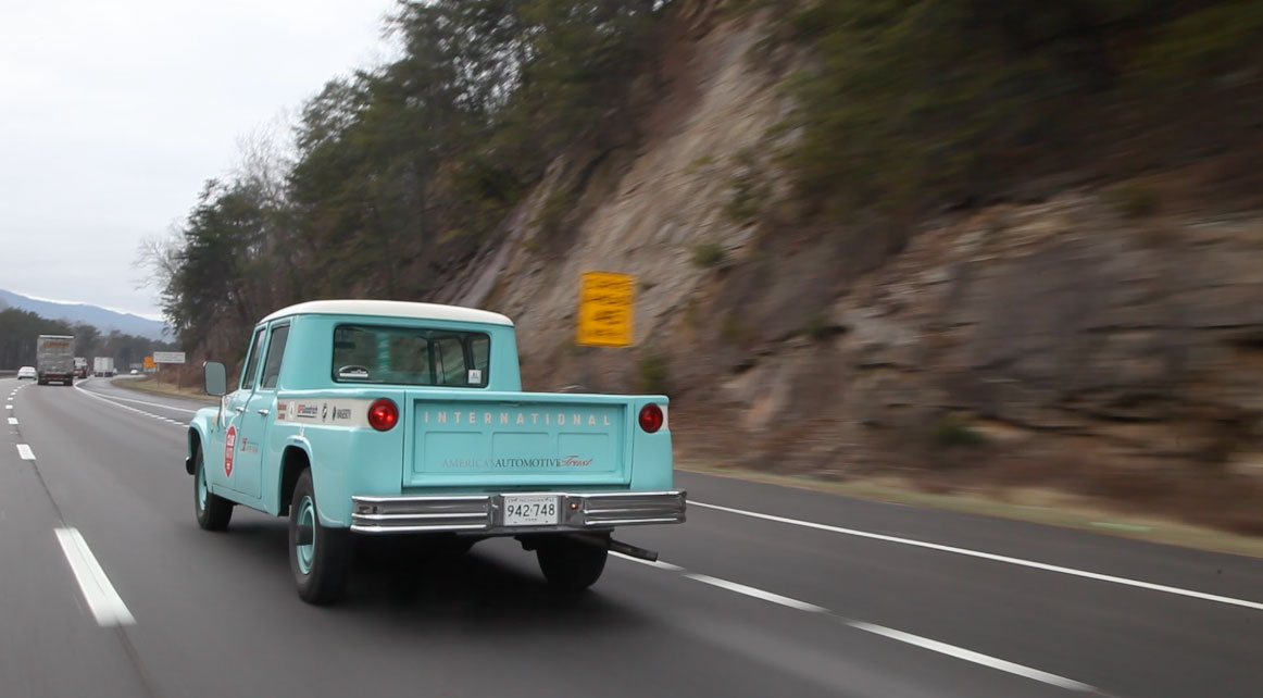 1962 International Travelette pick up LH rear corner
