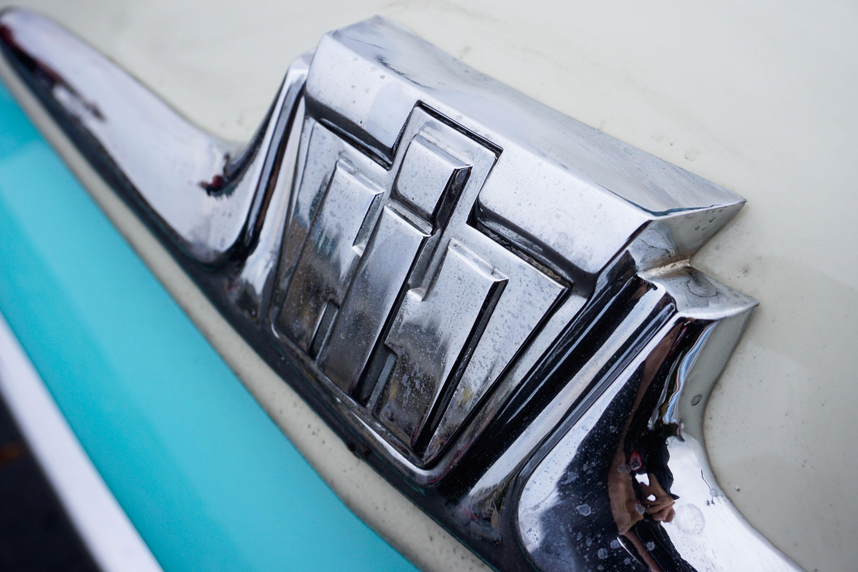 1962 International Travelette pick up front emblem