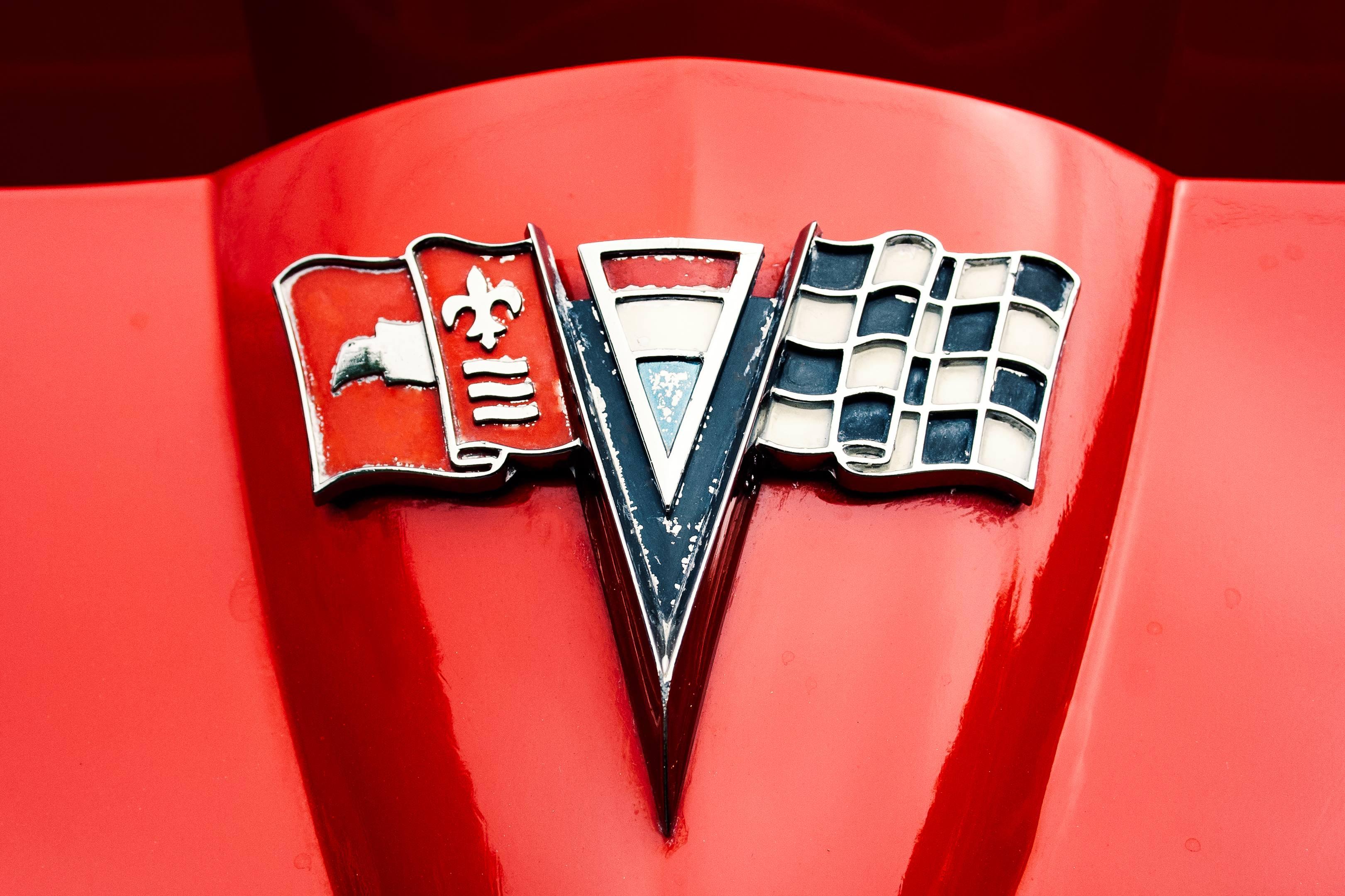 Chevrolet Corvette badge