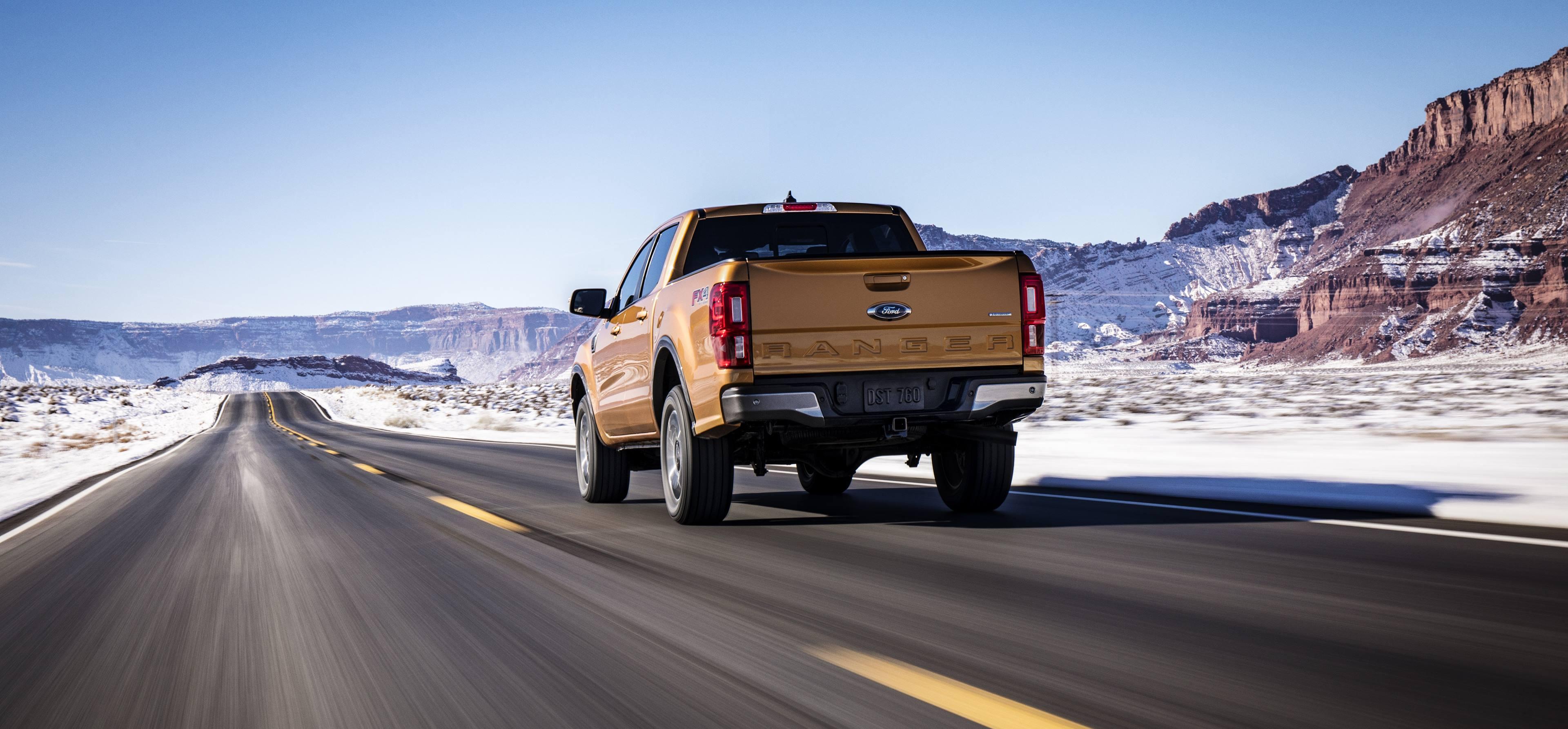 2019 Ford Ranger drving