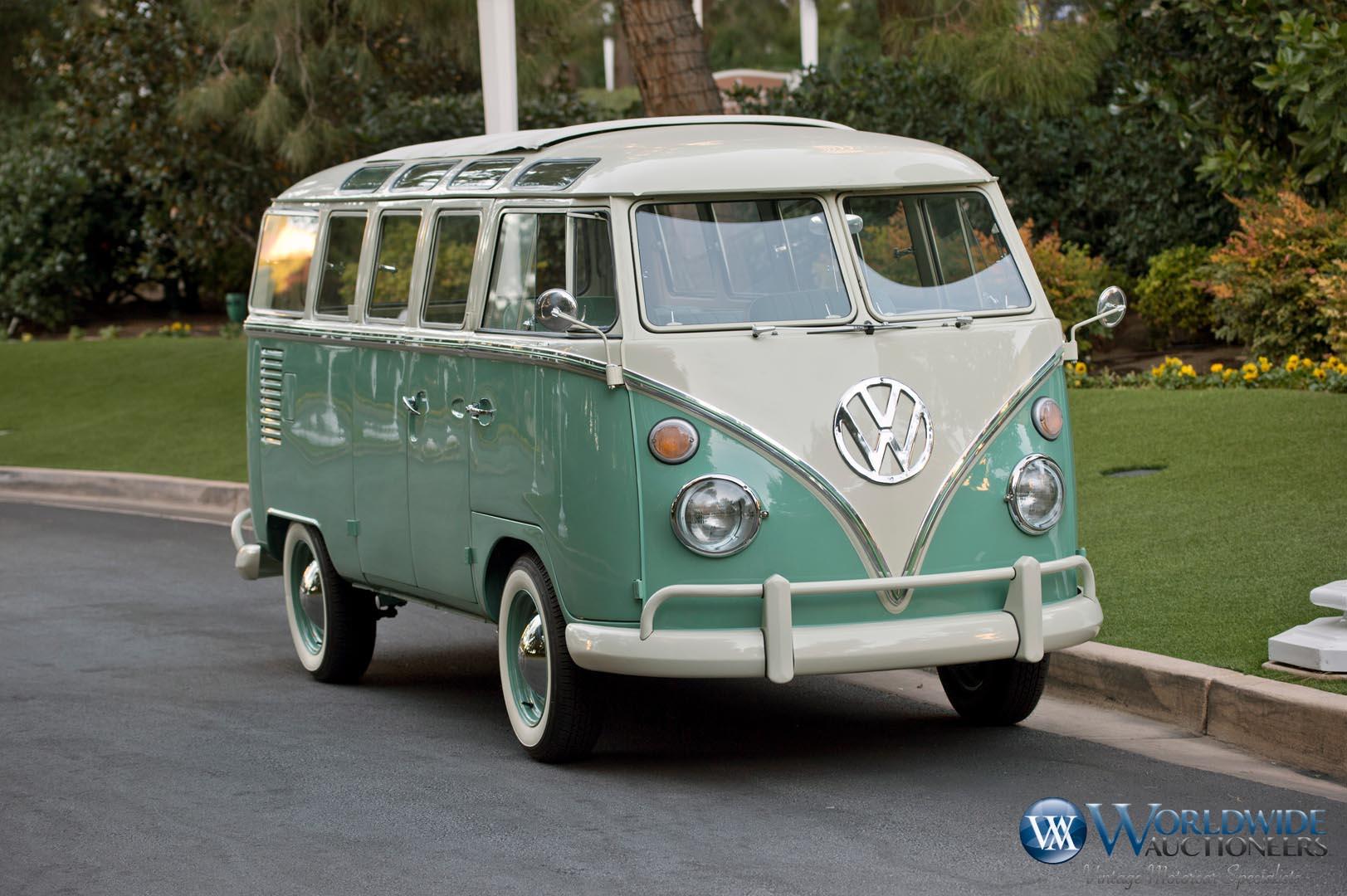 1966 Volkswagen 21-Window Samba Bus