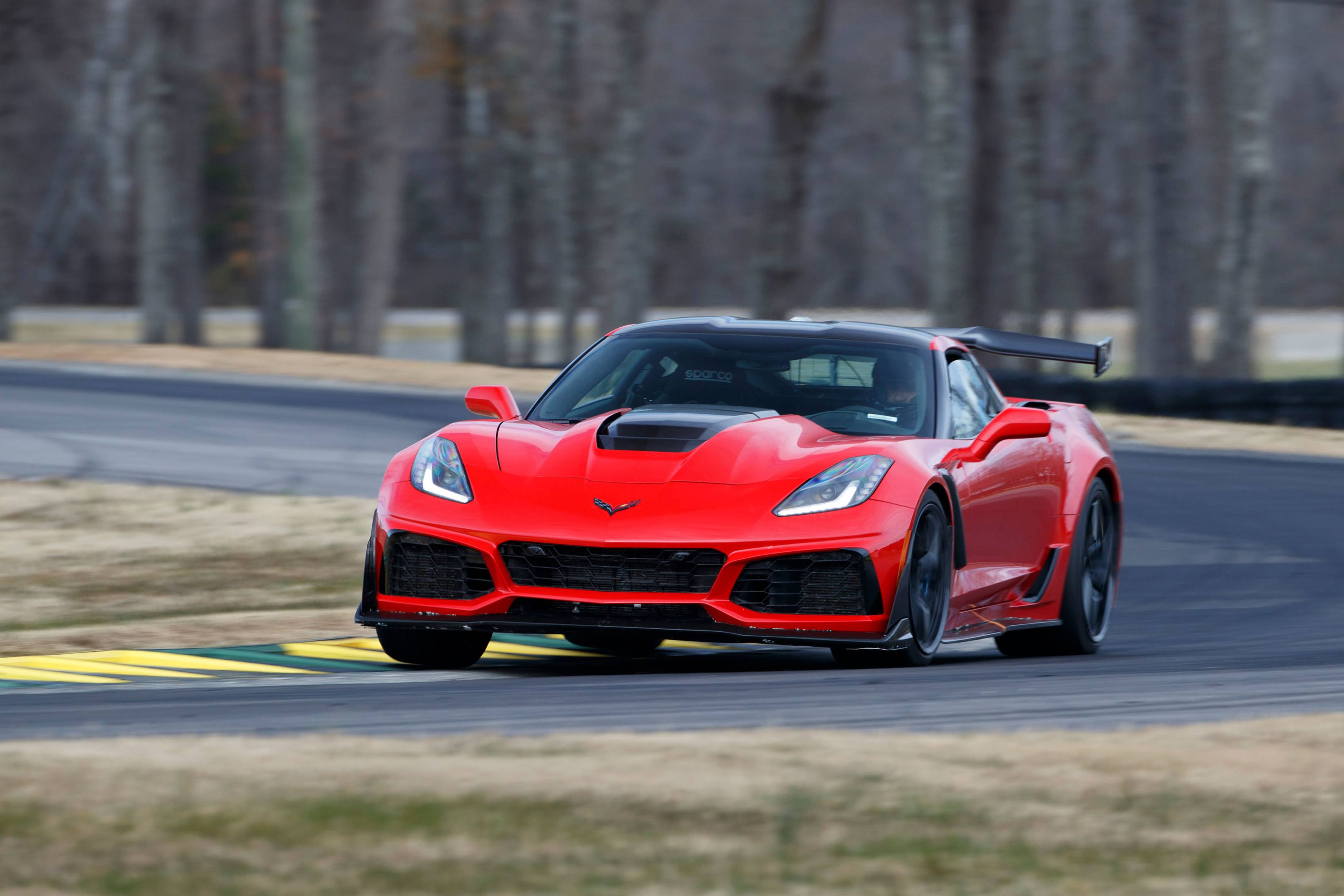 2019 Corvette ZR1 dethrones Ford GT with production car lap record at VIR thumbnail