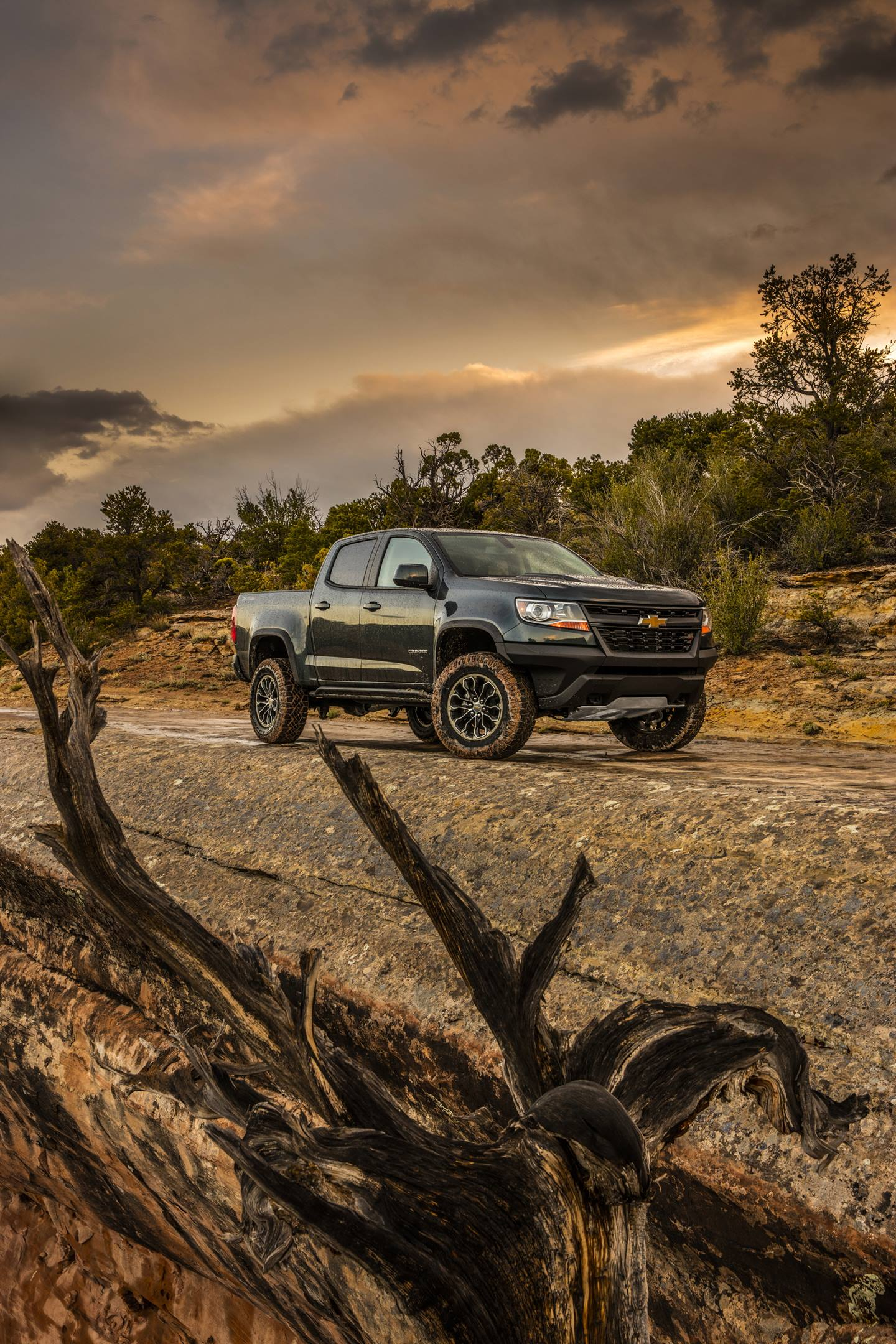 Green 2017 Chevrolet Colorado ZR2 at sunset