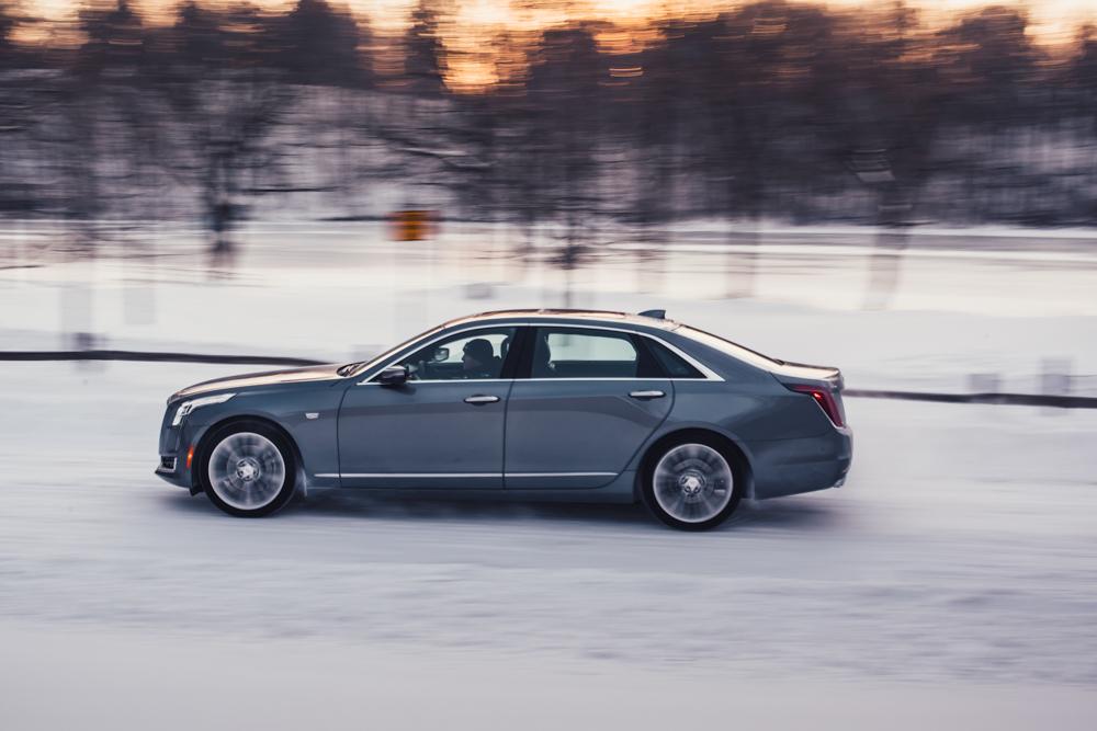 2018 Cadillac CT6 Platinum driving profile