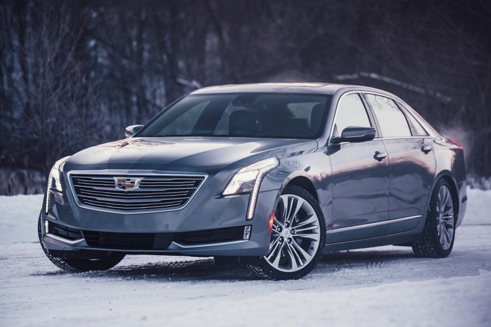 2018 Cadillac CT6 Platinum front 3/4