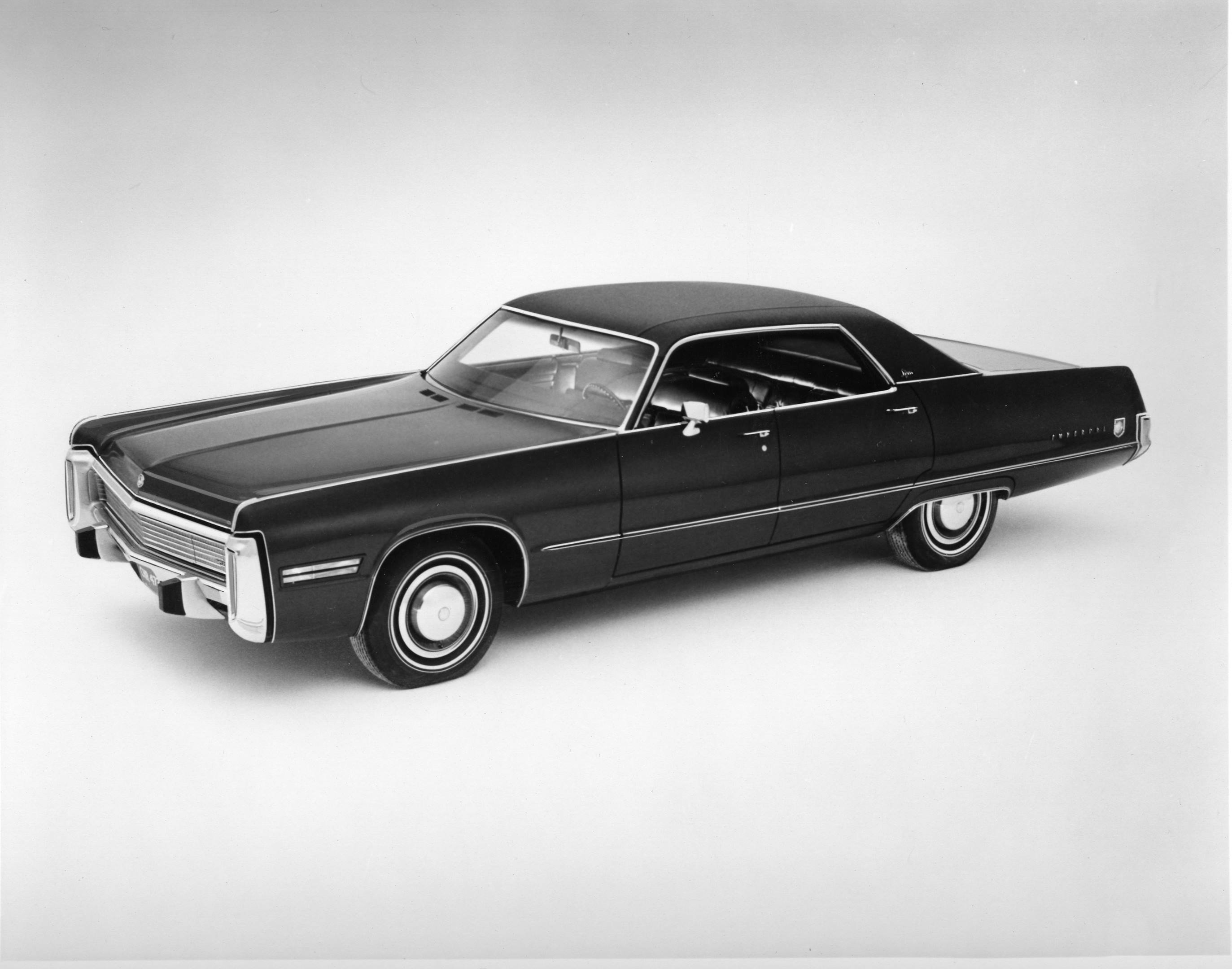 olf photo of a 1972 Chrysler Imperial