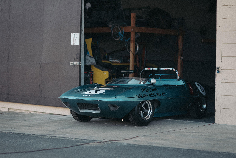 AMT Piranha racer front 3/4
