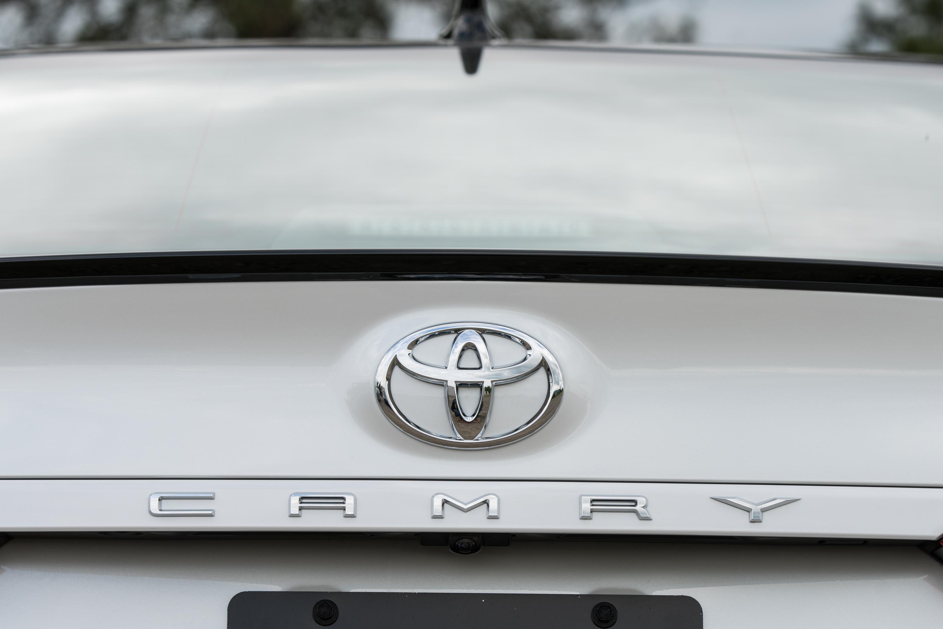 2018 Toyota Camry rear emblem