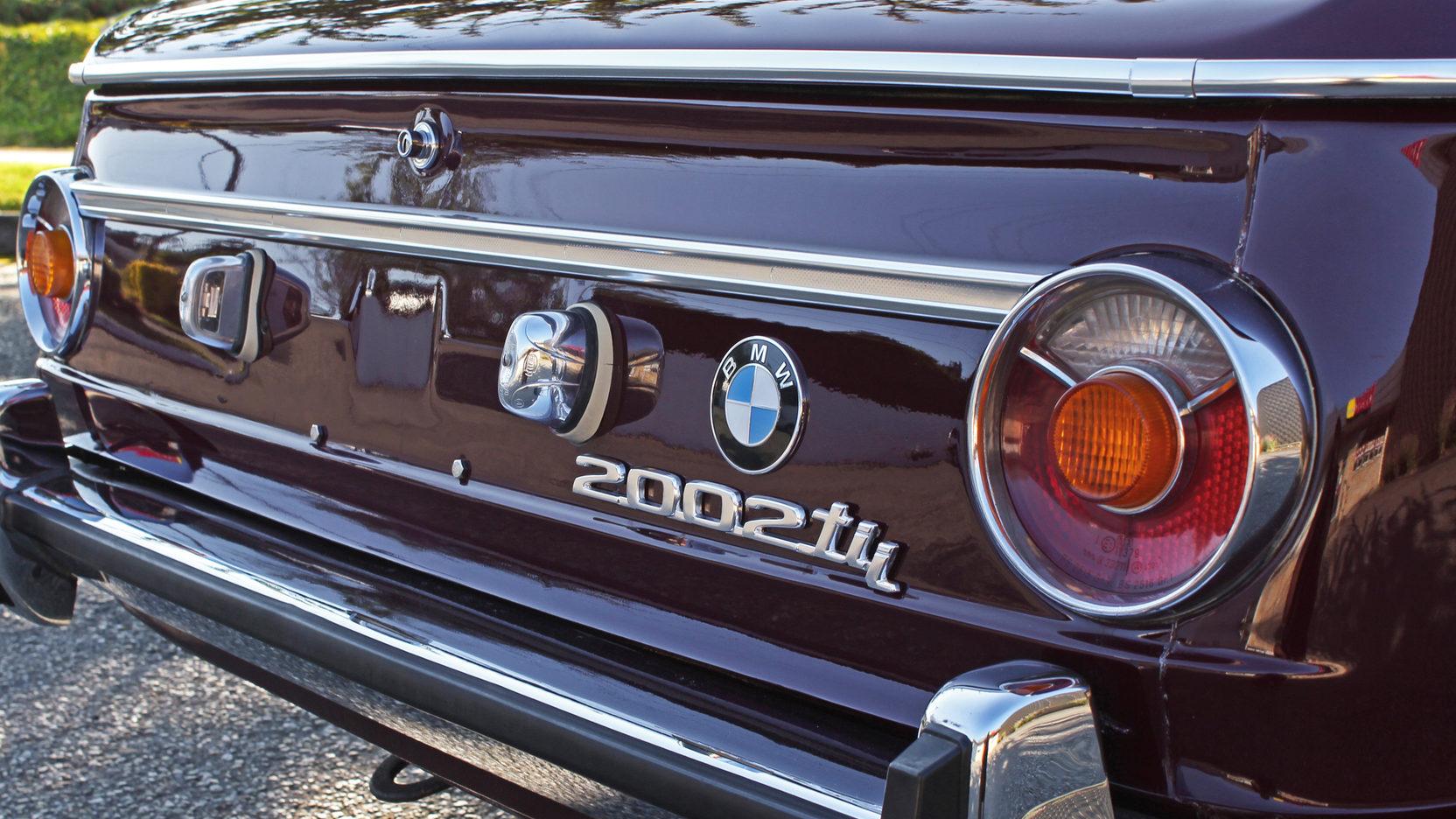 BMW 2002 right hand rear corner with emblem