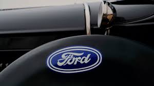 1929 Ford Model; Spare tire cover with Ford emblem