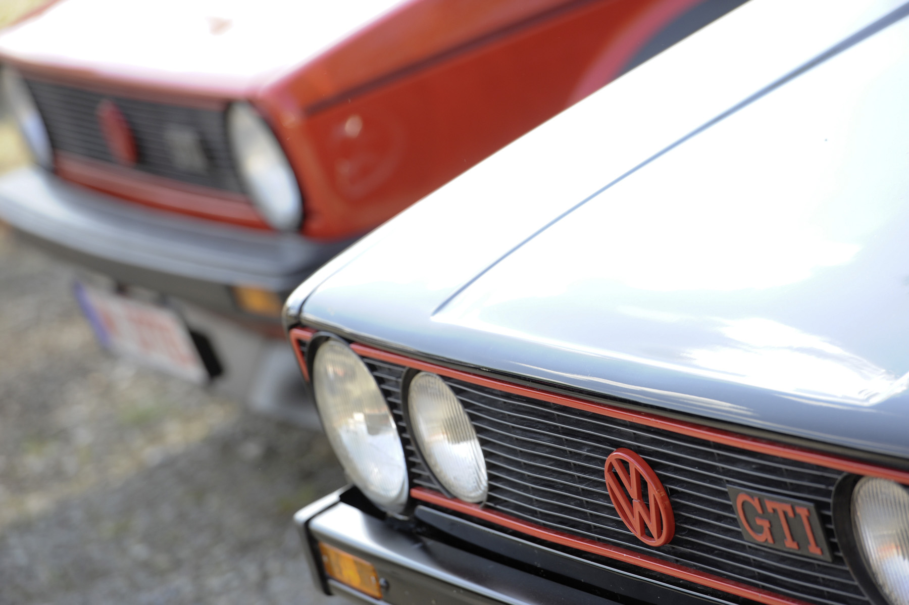 1988 VW Volkswagen GTI emblem grill
